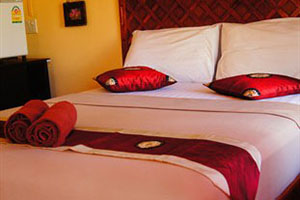 Sonya Guesthouse and Bungalows Klong Khong beach Koh Lanta