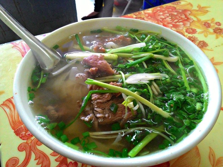 Must-Try Vietnamese Foods For The Health-Conscious Traveler
