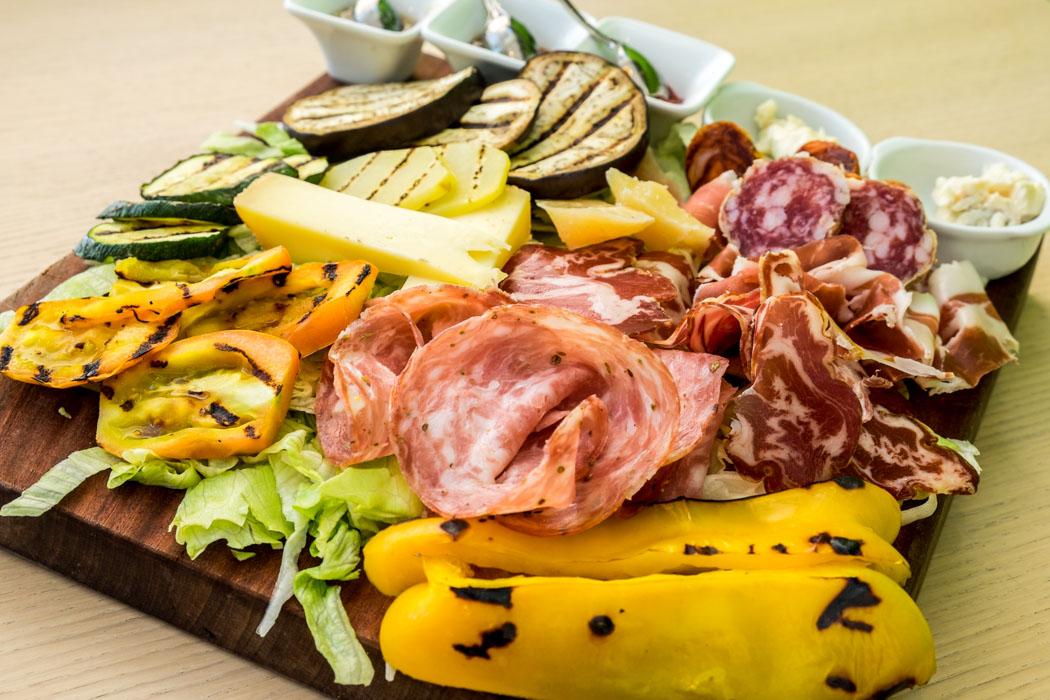 Best Food Travel Blogs