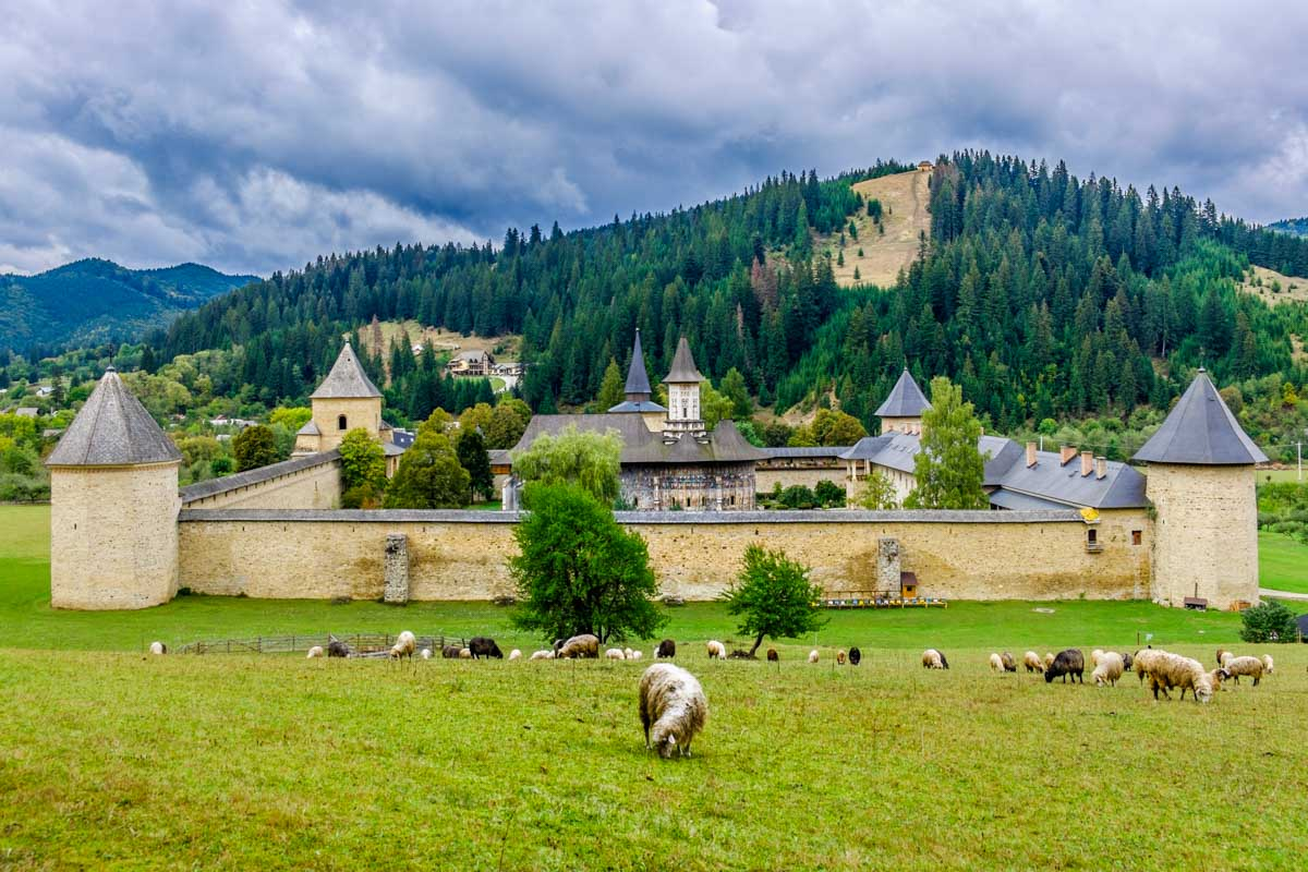 10 Reasons Why to Visit Romania as a Travel Photographer
