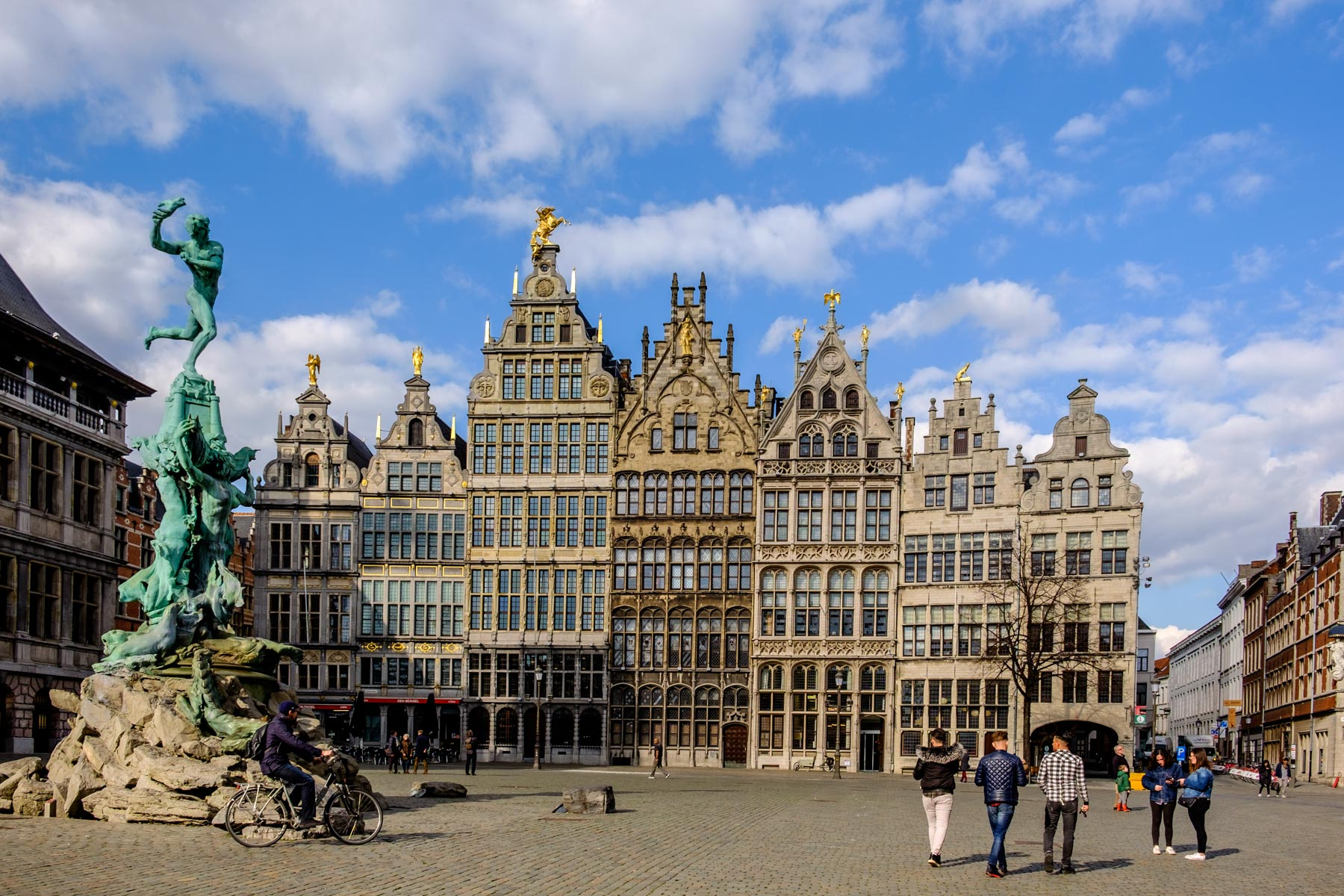 Where to stay in antwerp the best hotels and neighbourhoods for Top design hotels belgium